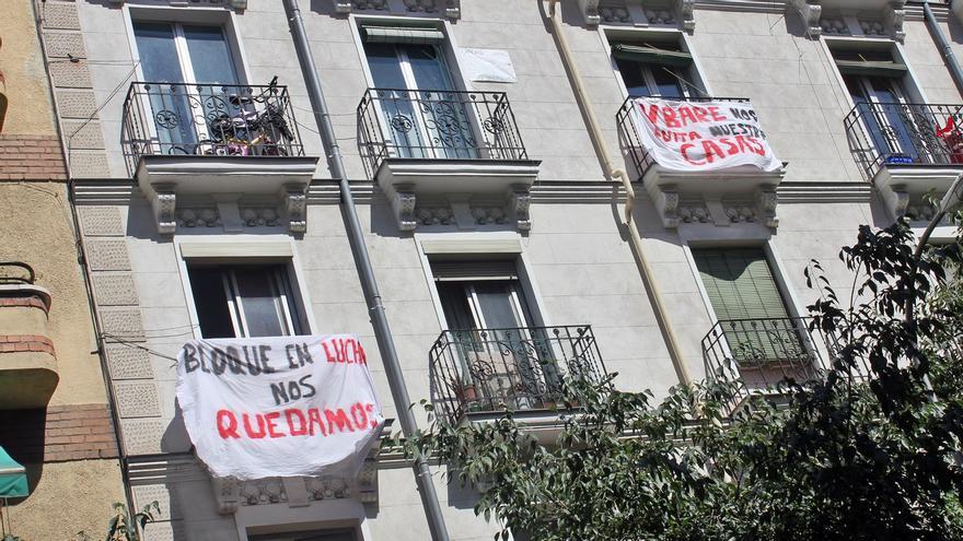 Pancartas de protesta en Vallehermoso 94 | SOMOS CHAMBERÍ
