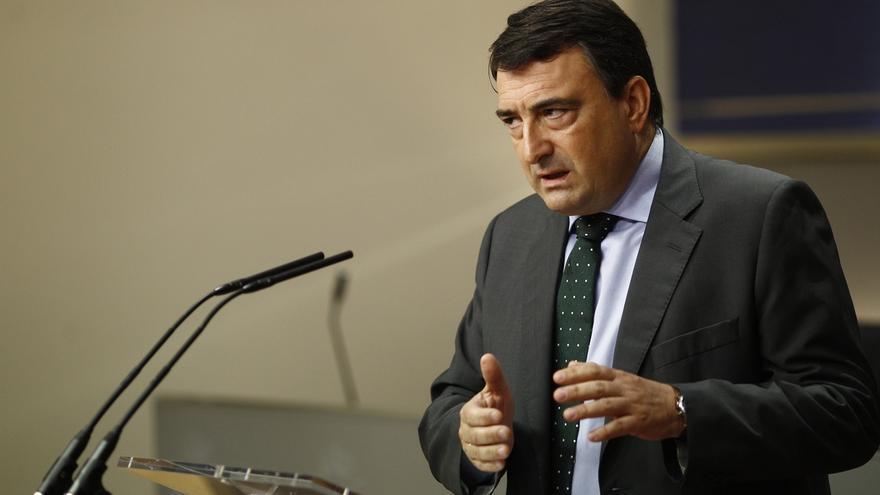 """PNV critica el """"doble insulto"""" de Iglesias """"a la inteligencia y a los gudaris"""" con su alusión a la cruz de Borgoña"""