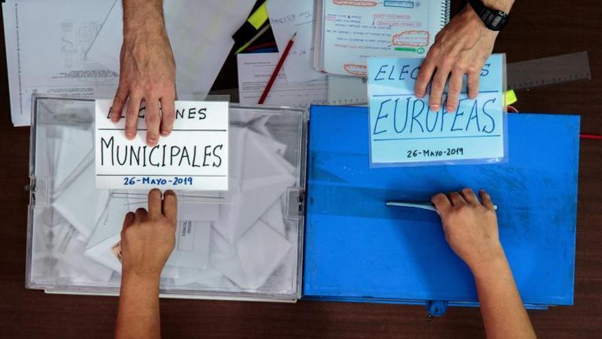 Sube algo más de 10 puntos la participación en europeas, según los primeros datos