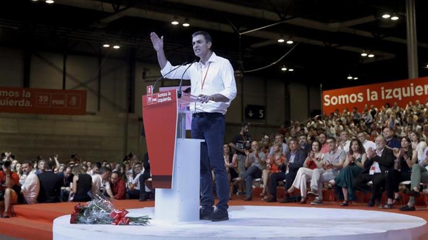 """Sánchez se erige en esperanza del 15M y tiende la mano a las """"fuerzas del cambio"""""""