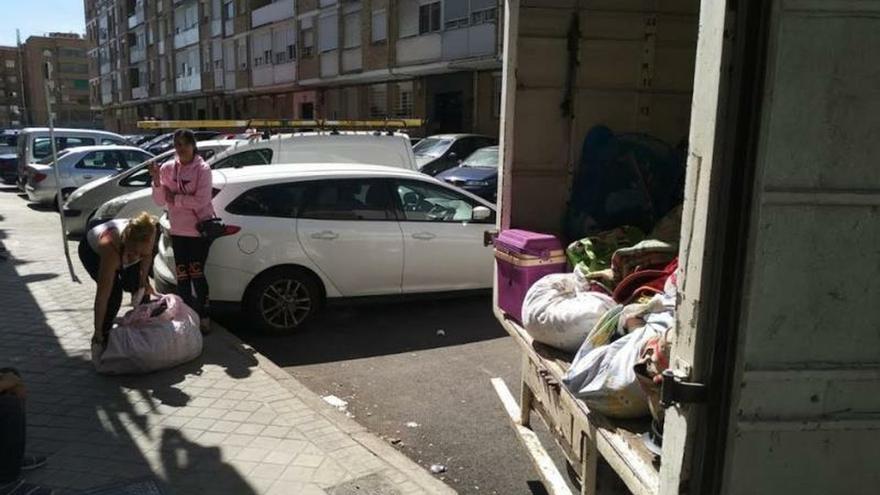 Desahucian a una mujer con tres hijos menores en Madrid