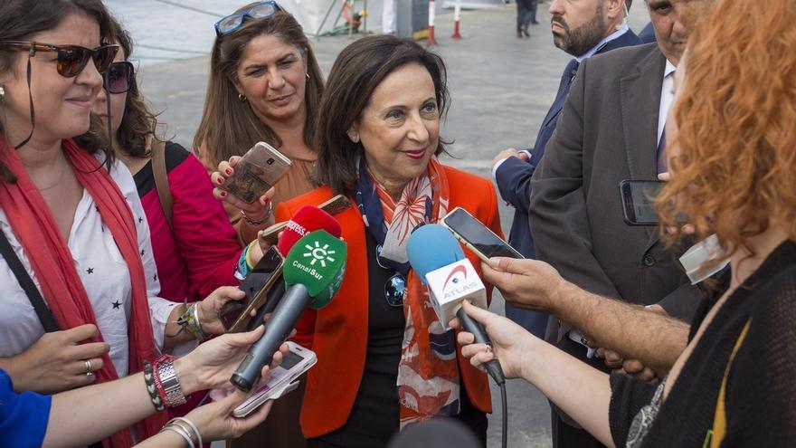 """Robles admite que es """"difícil"""" verificar que las armas españolas no son utilizadas en la guerra de Yemen"""