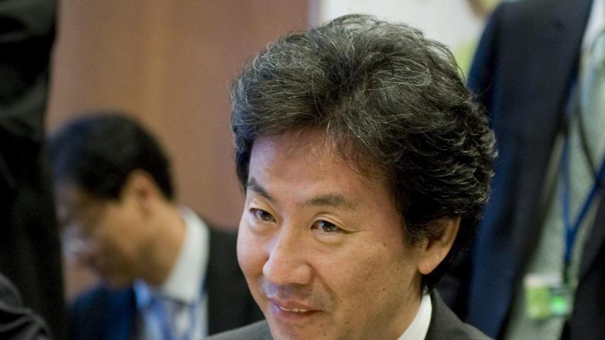 Ministro nipón de Finanzas llama a la cooperación con China pese a tensión