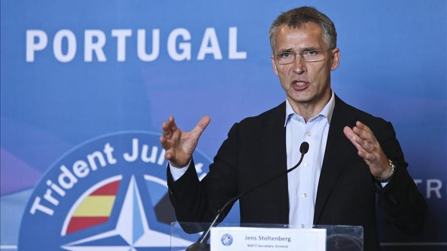 La OTAN se sumará al minuto de silencio mañana por los atentados en París
