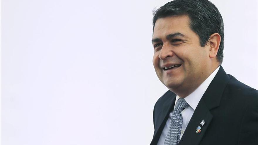 Presidente de Honduras inicia viaje a la ONU en Nueva York y a Washington