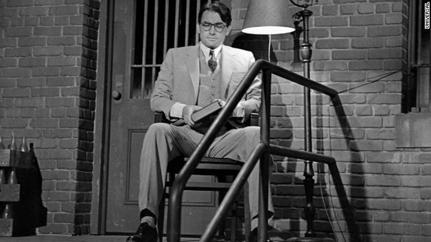 Gregory Peck en el papel de Atticus Finch, en la película Matar a un ruiseñor.