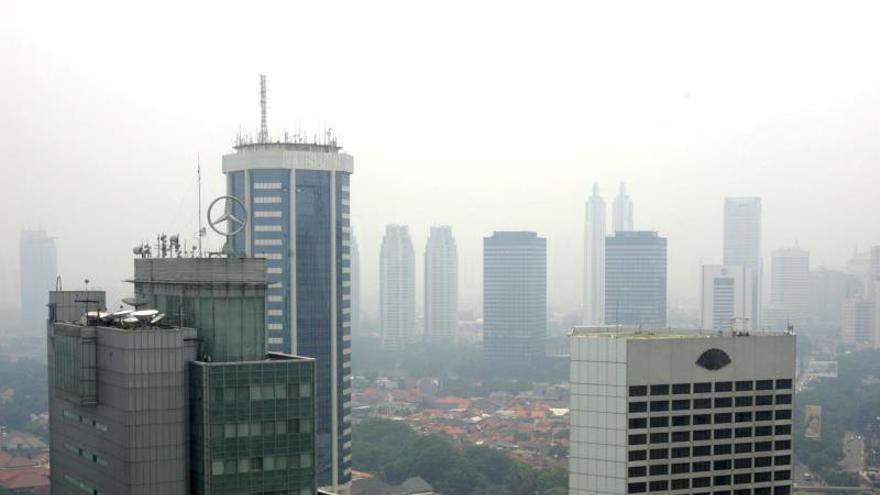 El Gobierno de Indonesia se sienta en el banquillo por la polución en Yakarta