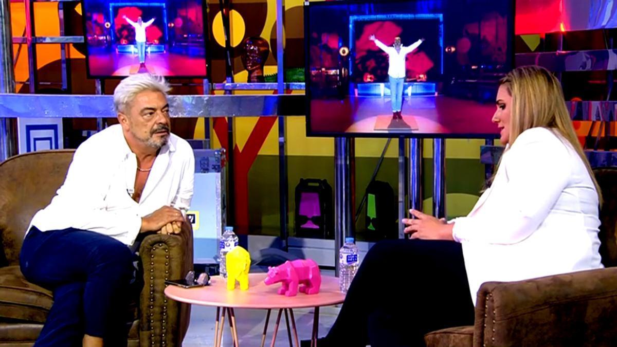 Antonio Canales con Carlota Corredera tras conocer su despido en 'Sálvame'