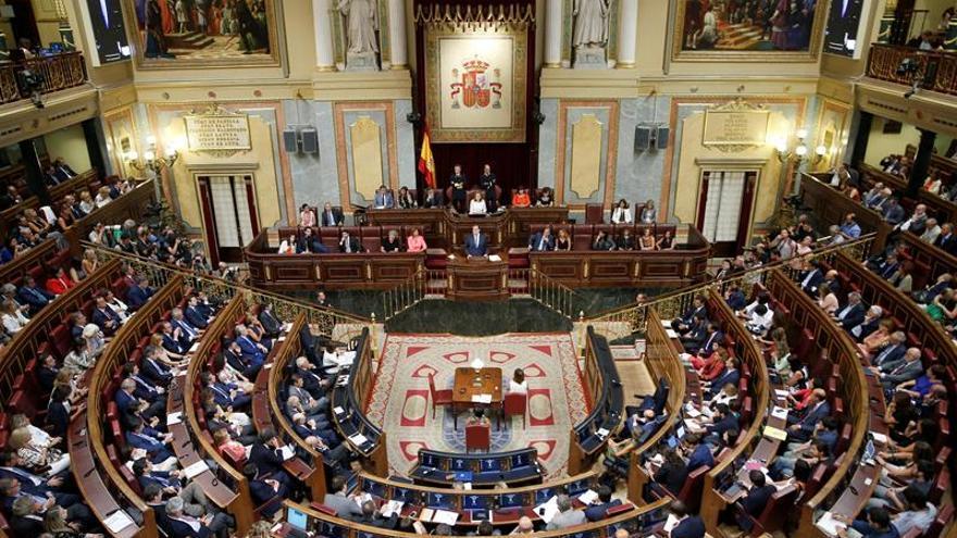 PP, PSOE, C's y Podemos, de acuerdo en actualizar la legislación laboral
