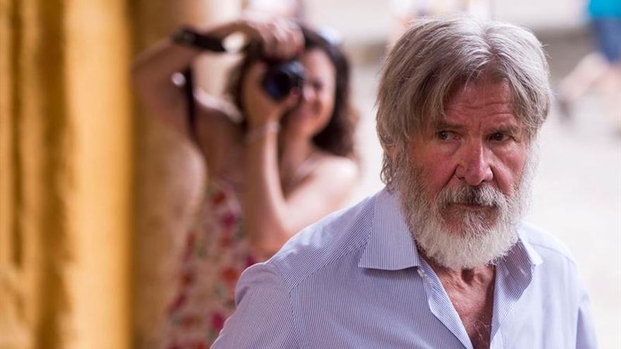 Harrison Ford no será sancionado por un incidente al aterrizar su avioneta