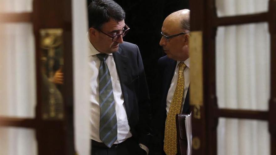 Cataluña y el 155 no despejan el apoyo del PNV a los Presupuestos, que es clave