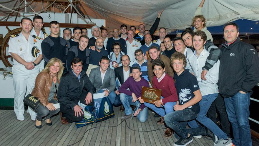 El Real Club Náutico de Tenerife organizó una regata con motivo de la visita del buque escuela