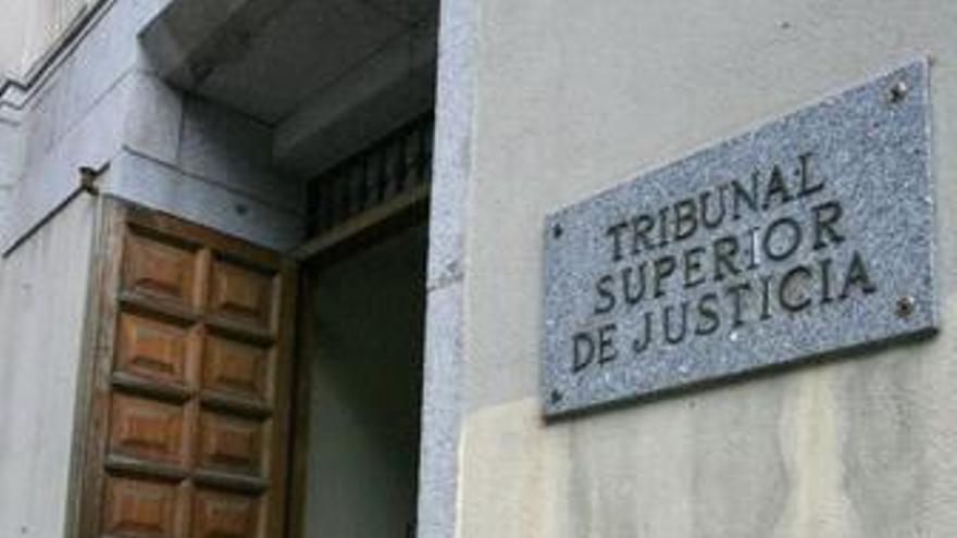 El juez embarga los bienes de cinco de los imputados del 'caso Gürtel'