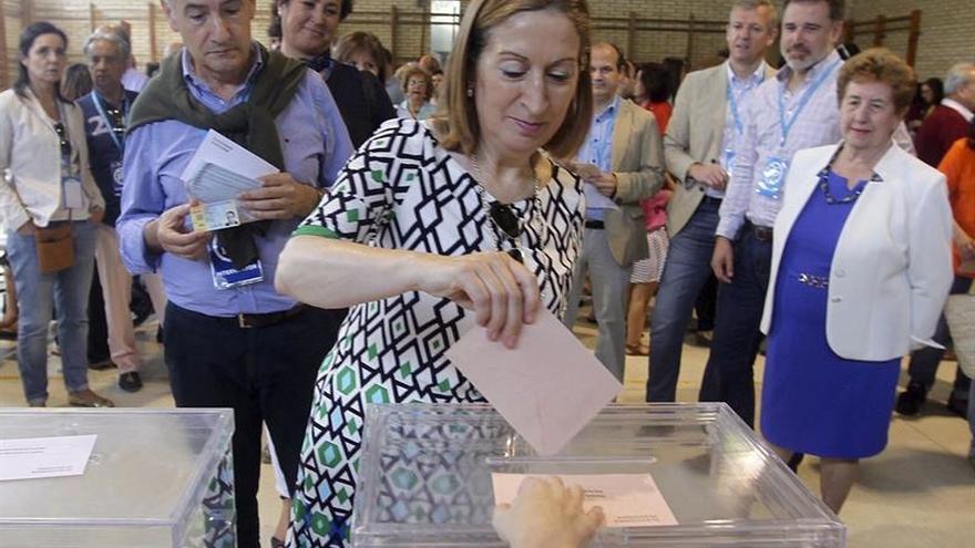 """Ana Pastor pide a los españoles que voten """"con sentido común"""" y por España"""