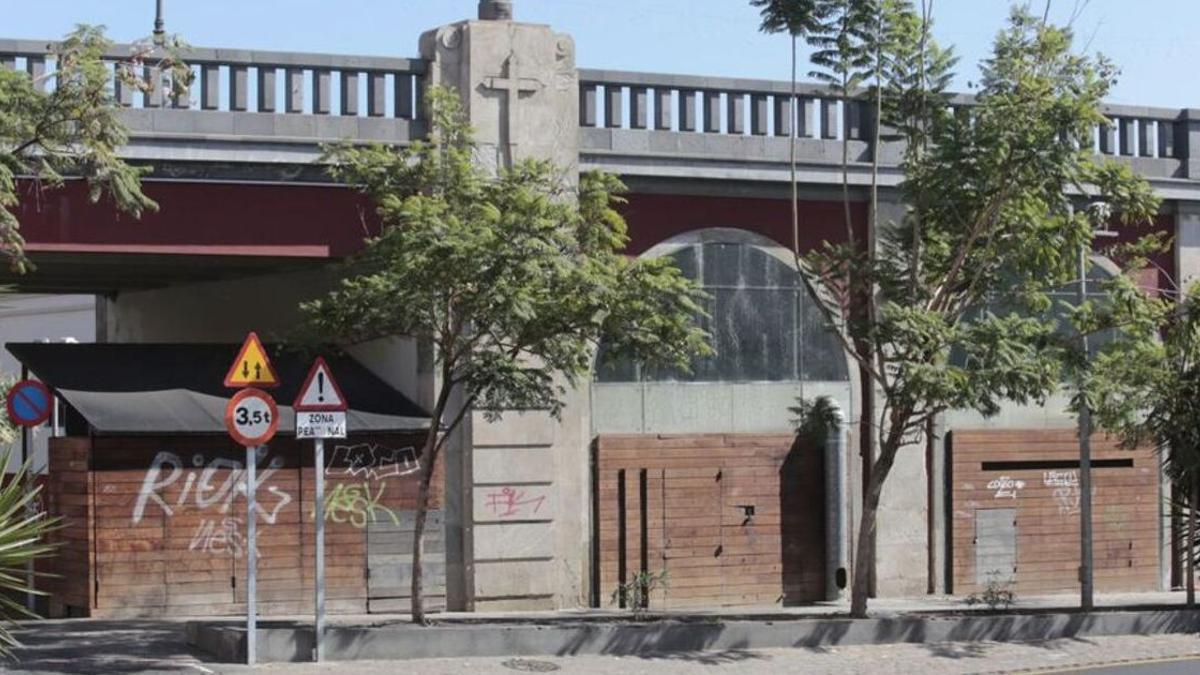 Arcos bajo el puente Serrador, en Santa Cruz de Tenerife
