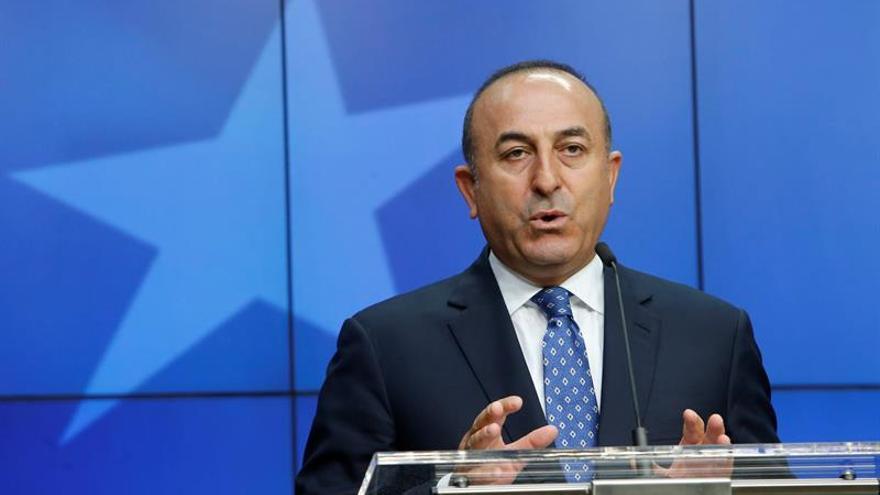 Turquía acusa a EEUU de incumplir sus promesas al respaldar a los kurdos en Siria