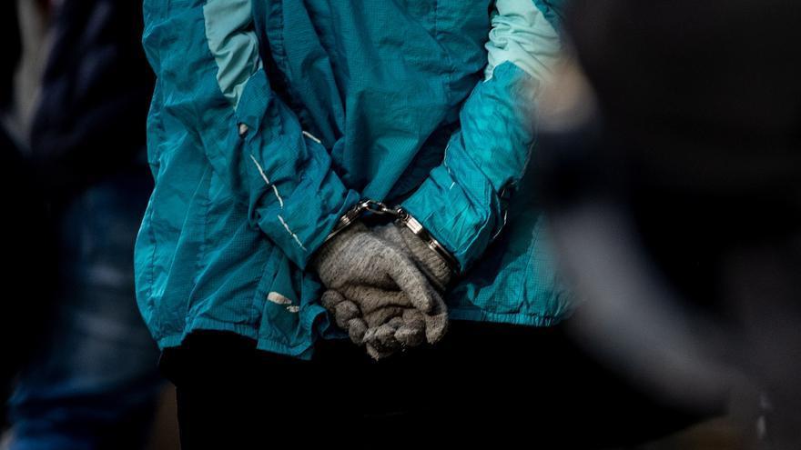 Prisiones recuerda a funcionarios medidas de protección ante presos violentos