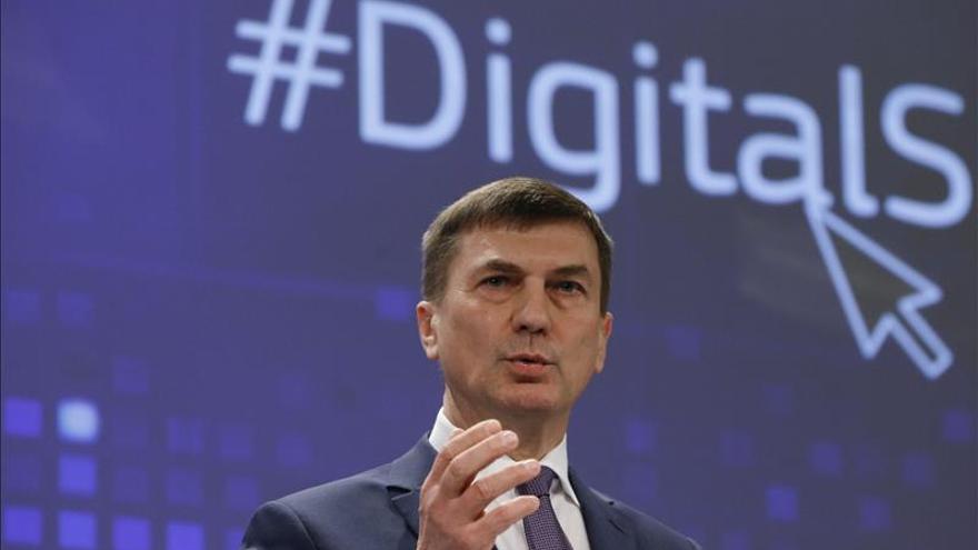 """Comisario europeo presenta """"oportunidades"""" de Mercado Digital Único en EE.UU."""