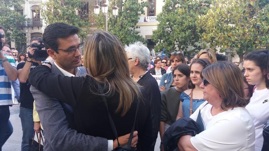 """Familia de la muerta en Las Gabias pide """"justicia"""" reconociendo caso como """"asesinato"""" machista y """"premeditado"""""""