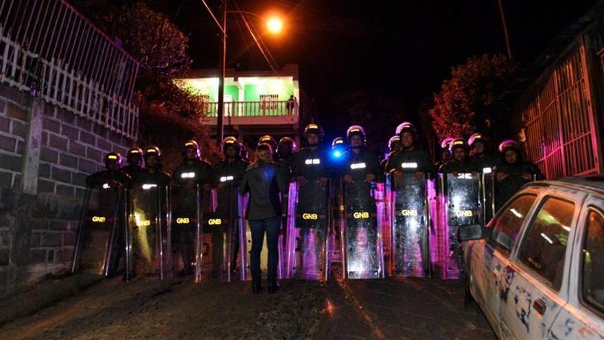 """Responsabilizan a Maduro """"de la vida"""" de Leopoldo López tras 8 días aislado"""
