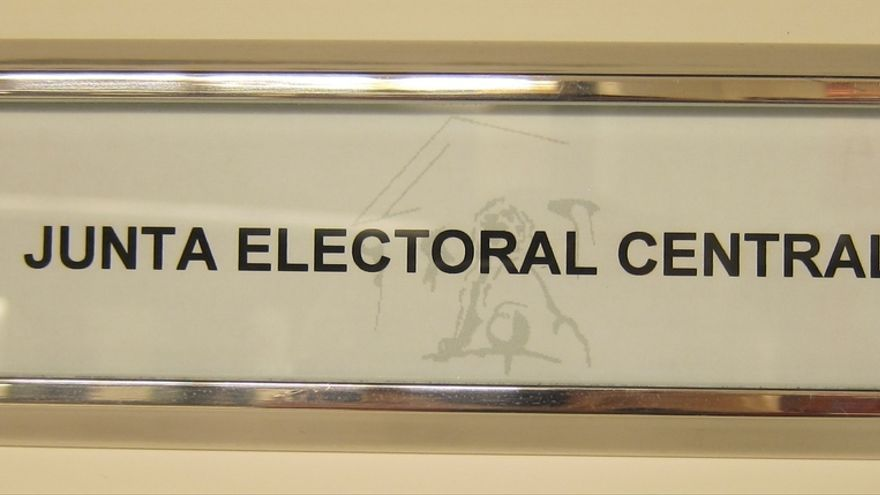 La Junta Electoral da vía libre a 17 coaliciones para las elecciones generales