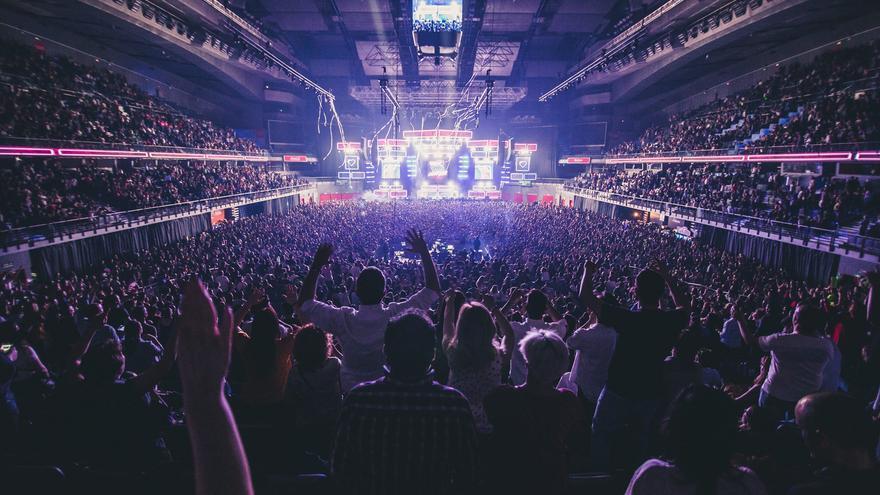 'Viva la fiesta!' incluye un espectáculo de luz y sonido y un show non stop.