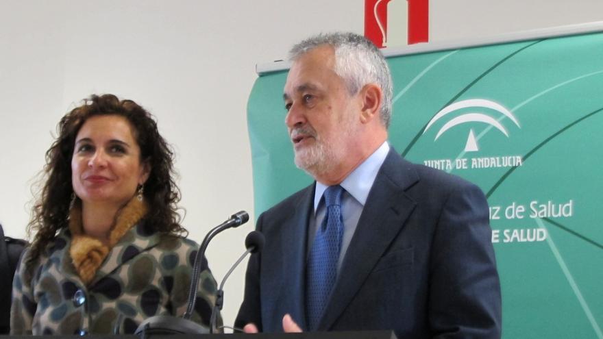 """Montero defiende la """"honestidad"""" de Chaves y Griñán y confía en que sean absueltos"""