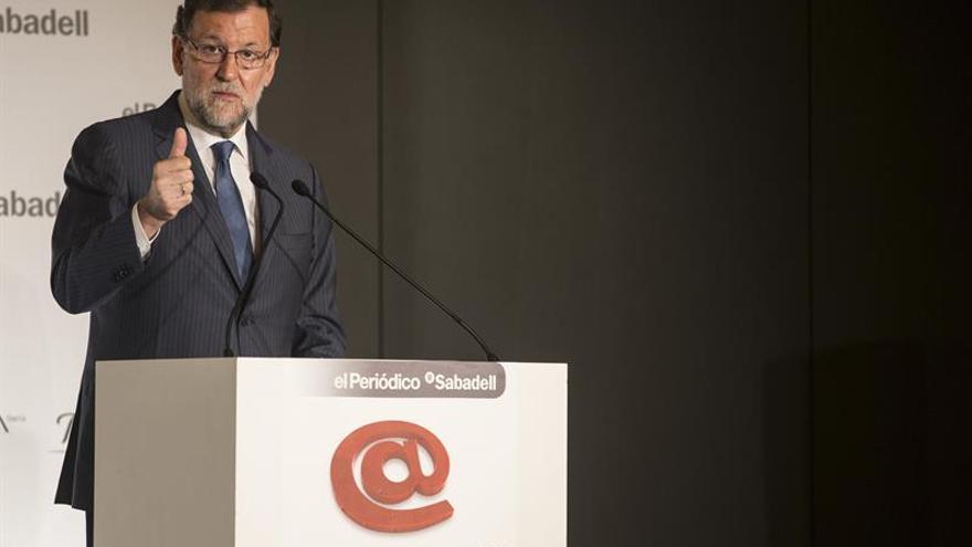"""Rajoy: """"La inversión puede huir"""" si se rompe el consenso constitucional"""