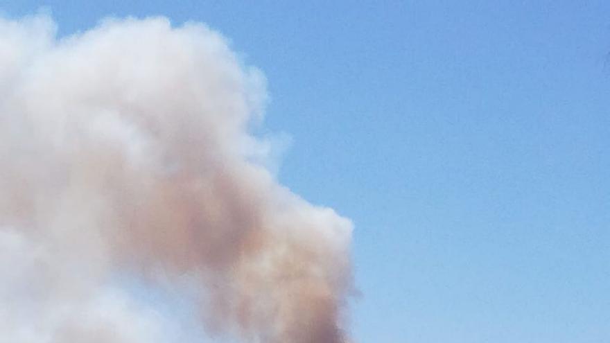 Fuego visto desde La Cruz de Tejeda.