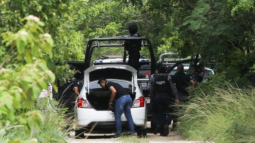 Hallan en Cancún una fosa con restos de varias personas desaparecidas