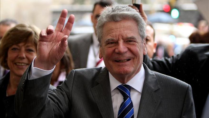 El presidente alemán realiza un recorrido por el centro histórico de Bogotá