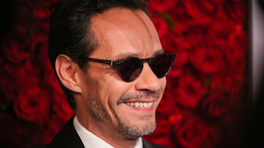 La fundación de Marc Anthony dona 1.500 kits anticovid en Puerto Rico