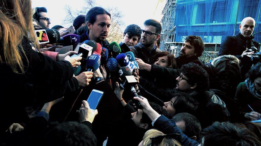 Pablo Iglesias a la entrada del Consejo Estatal Ciudadano. Foto: Aitor Riveiro