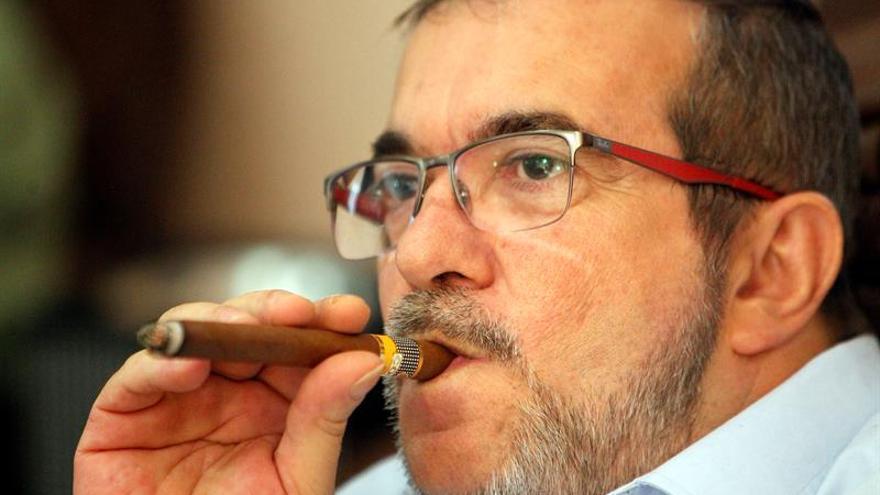 """""""Timochenko"""" parte de Cuba a Colombia para la firma de un nuevo acuerdo de paz"""