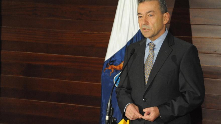 """Rivero sobre las prospecciones: """"Creo que ha ganado Canarias; y el derrotado está claro, es el ministro de Industria"""""""