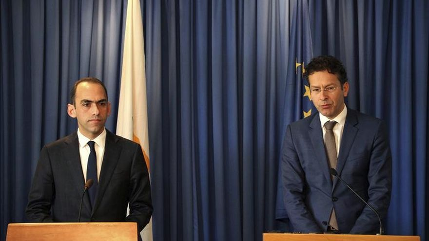 Chipre terminará el plan de rescate según lo previsto, dice el ministro de Finanzas