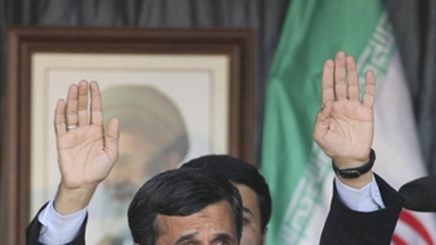 Ahmadineyad da un discurso en la frontera del Líbano con Israel