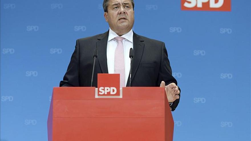 El líder del SPD suspende la publicación de una biografia apalabrada