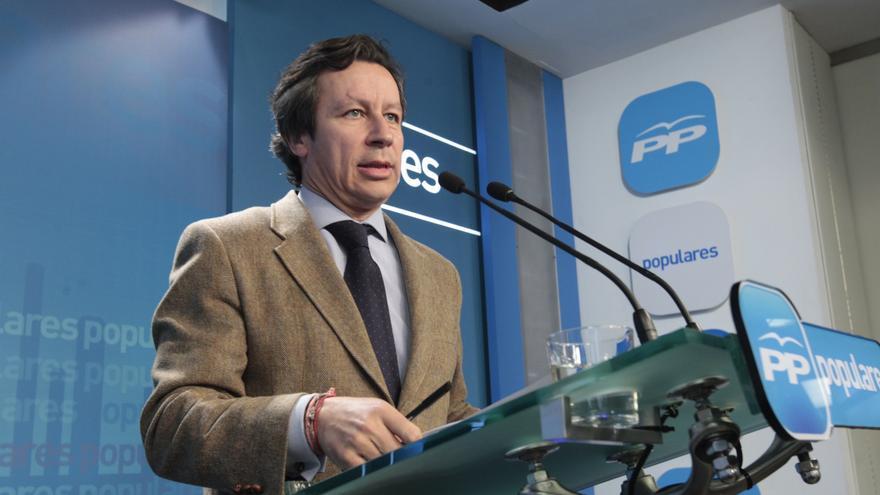 """El PP nacional ve """"compatible"""" y """"ético"""" que Aguirre presida el PP de Madrid y pase a trabajar en sector privado"""