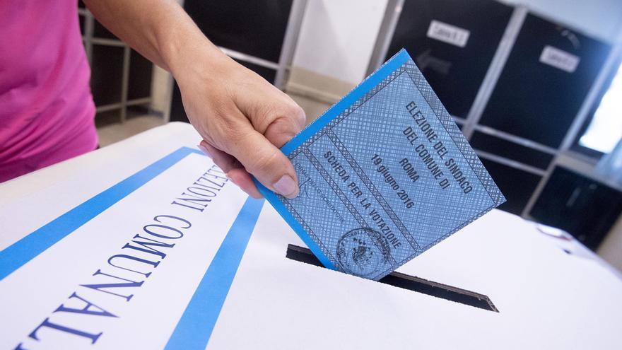 Cuatro candidatos para el Ayuntamiento de una Roma ingobernable