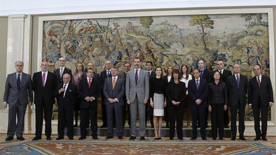 Los Reyes celebran con RTVE el 60 aniversario de la televisión pública