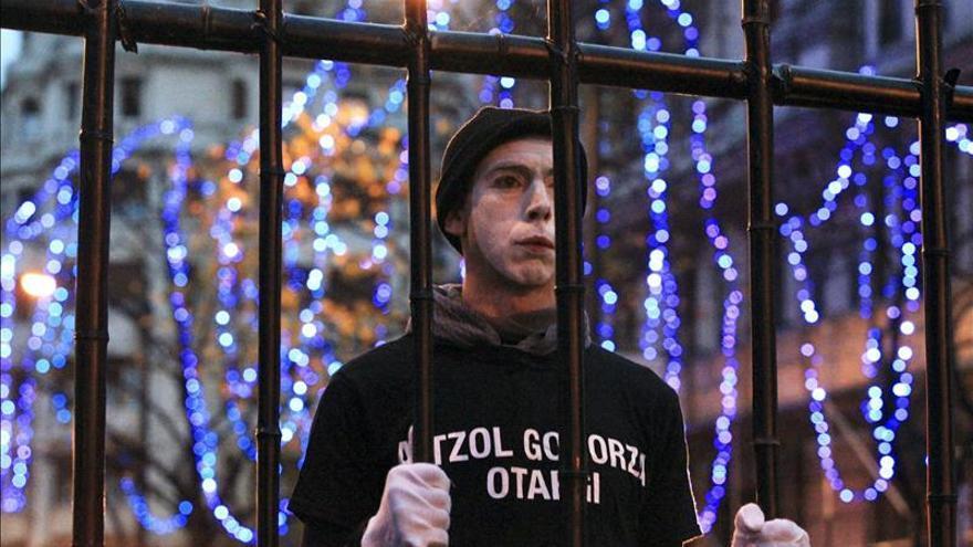 Miles de personas piden en Bilbao la libertad para los presos de ETA enfermos