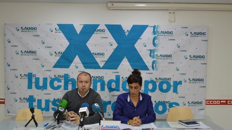 Alberto Alegría y Pilar Villacorta en rueda de prensa.