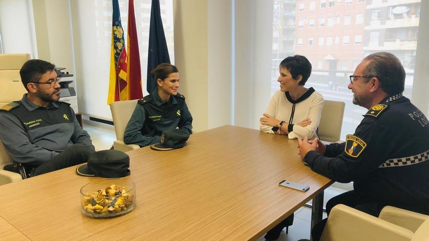 La teniente Martínez de Baños con la alcaldesa de Almassora