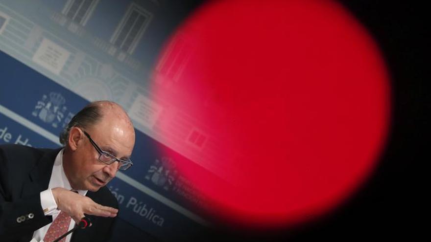 Montoro confirma que España cerró 2016 con un déficit público del 4,33 por ciento