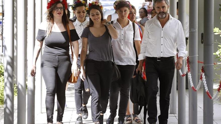 El fiscal pide cárcel para dos activistas de Femen por la protesta en la Almudena