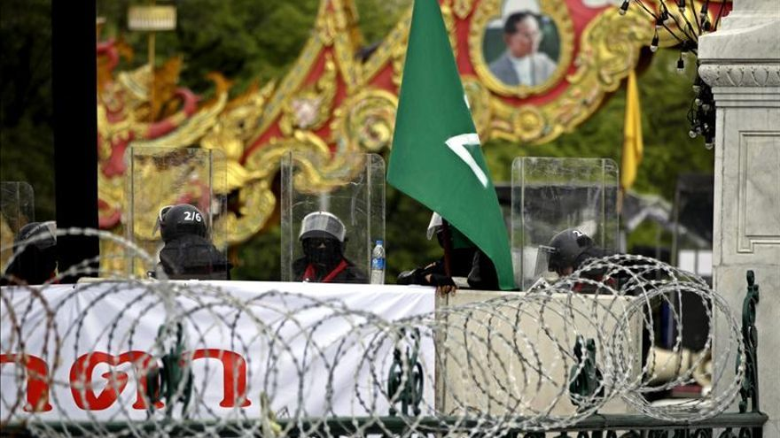 El Senado tailandés rechaza la ley de amnistía en medio de las protestas