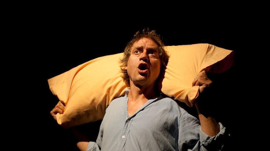 Nancho Novo, durante la representación de 'El cavernícola'.