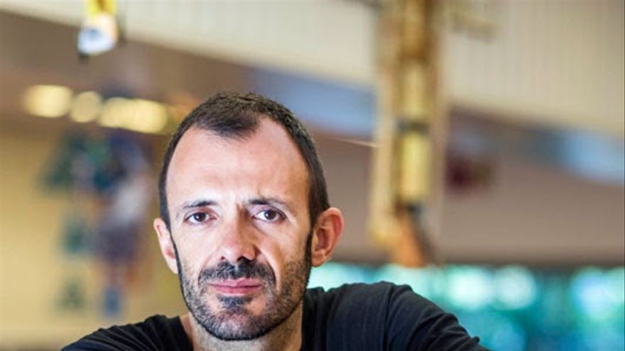 Isaac Rosa trae este miércoles su 'Feliz final' al ciclo 'Letras Capitales' del Centro Andaluz de las Letras