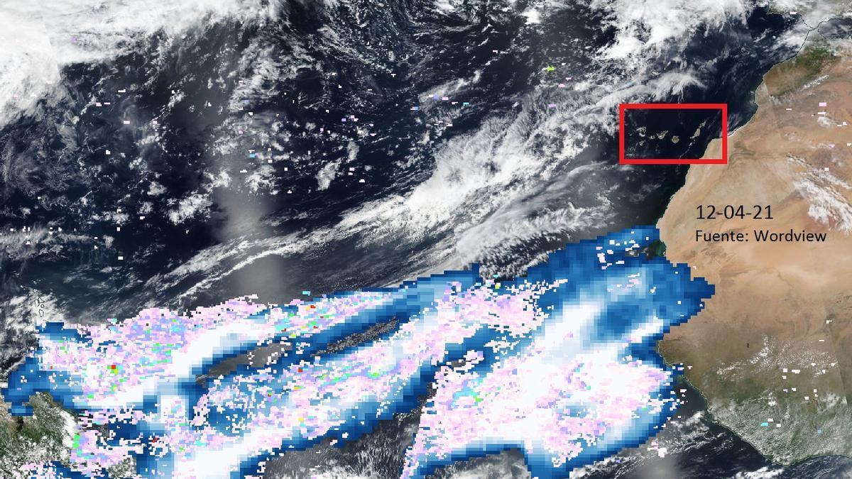 Se observa que las concentraciones de SO2 asociadas a La Soufrière están al sur de Canarias